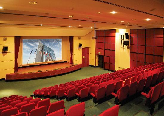 Pullman world trade center locurile culturii for Sala new york