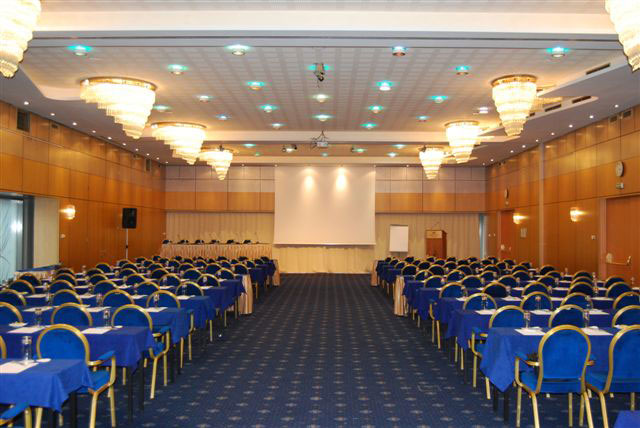 grand-ballroom-crowne-plaza
