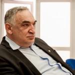 Domnul Academician Zamfir