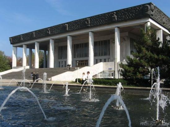 Teatrul-National-de-Opera-si-Balet-Maria-Biesu.jpg