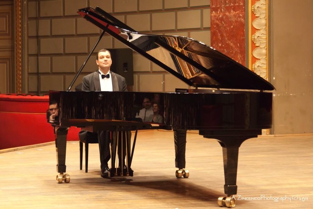 Nicolae Dumitru - pianist si profesor