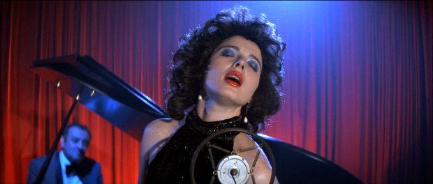 Isabella Rossellini si Angelo Badalamenti in filmul Blue Velvet