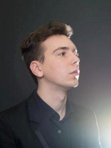 Iulian Ochescu, pianist