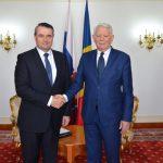 ES Ambasadorul Slovaciei in Romania, dl. Karol Mistrik impreuna cu Teodor Melescanu, Ministrul Afacerilor Externe ©mae.ro